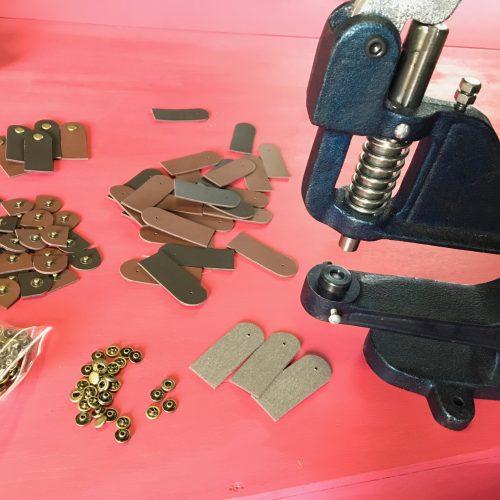 ハンドプレス機 バネホック 作り方 留め具 カードケース マルチケース